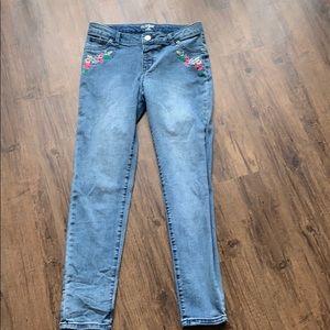 Cat&jack blue jeans.